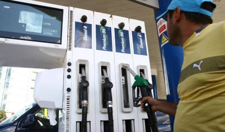 Photo of Taxele rutiere nu vor fi incluse în accizele la carburanți
